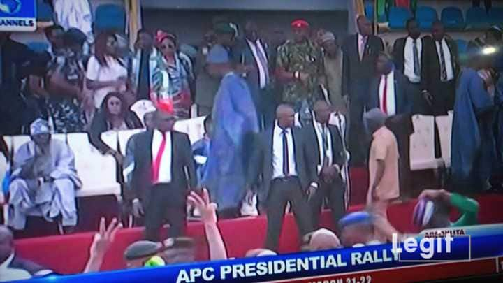 APC Rally In Ogun State: Breaking: APC Rally In Ogun State Turns Violent As