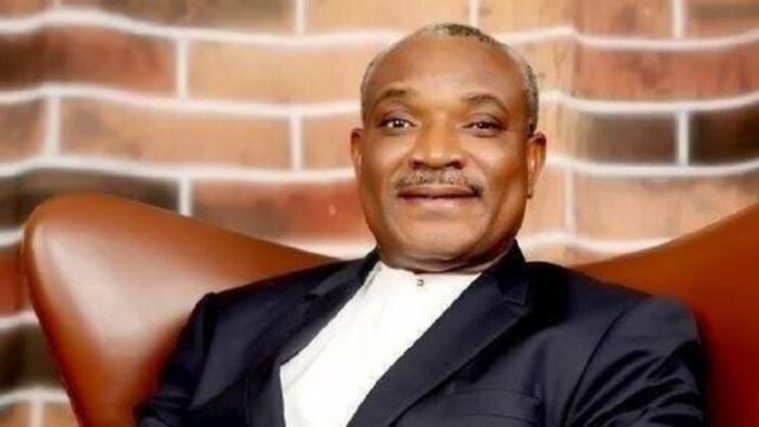 ICPC ta sake gayyatar tsohon hadimin Buhari, Obono-Obla, bisa takardun makaranta na bogi