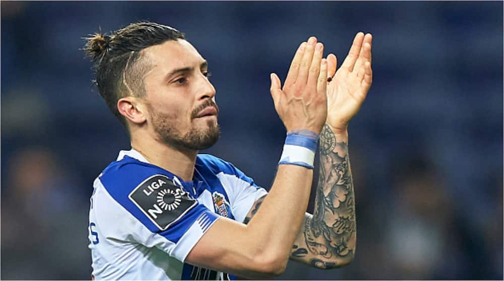 Alex Telles: Manchester United tipped to sign Brazil and FC Porto defender