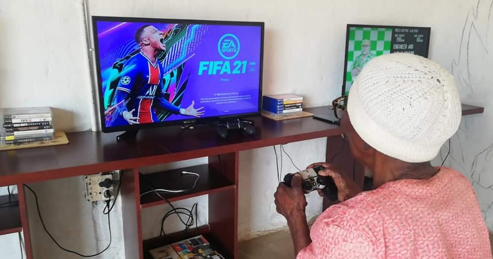Bhut Fezile is back with another post about his gaming gogo.