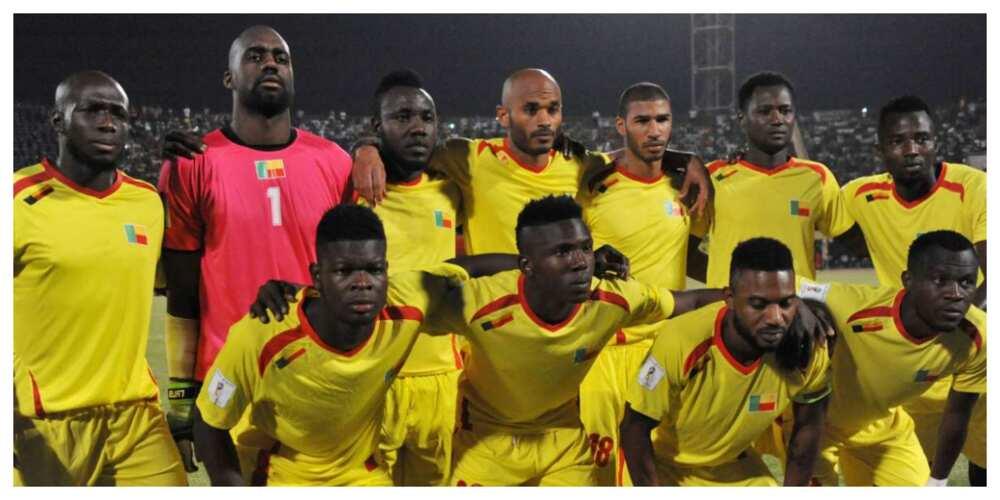 Benin players worship God in popular Yoruba Nigerian christian music ahead of game against Nigeria
