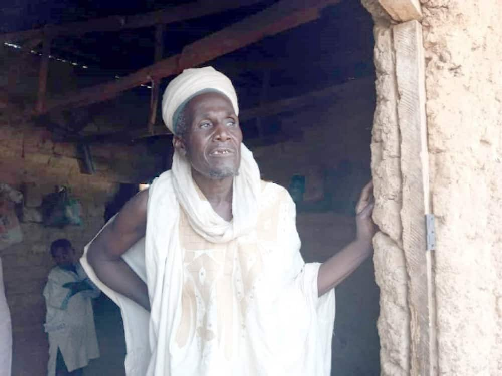 Outrage as Kaduna govt arrests cleric who camped 17 female Almajiri among boys in Zaria