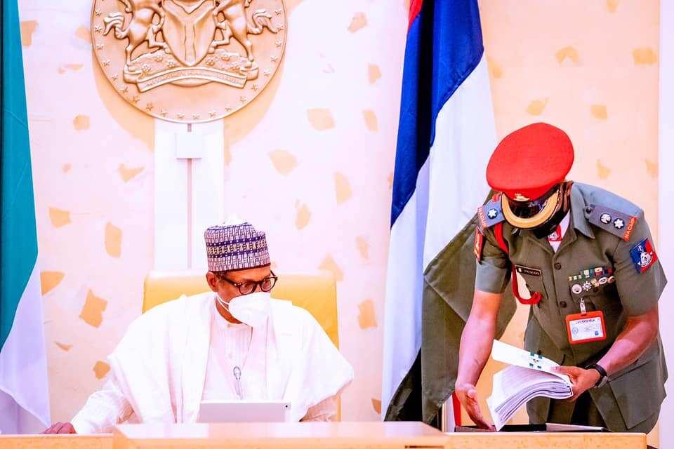 BREAKING: Buhari seeks new N2.342tr external loan BREAKING: Buhari seeks new N2.342tr external loan