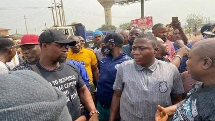 Video emerges as Sunday Igboho's thugs attack SSS officials in Osun