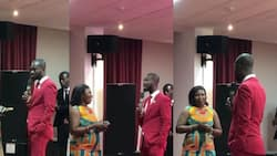 Pastor gives member all church's offerings for the day, tells her to start business with it, see how the lady counted the money (video)