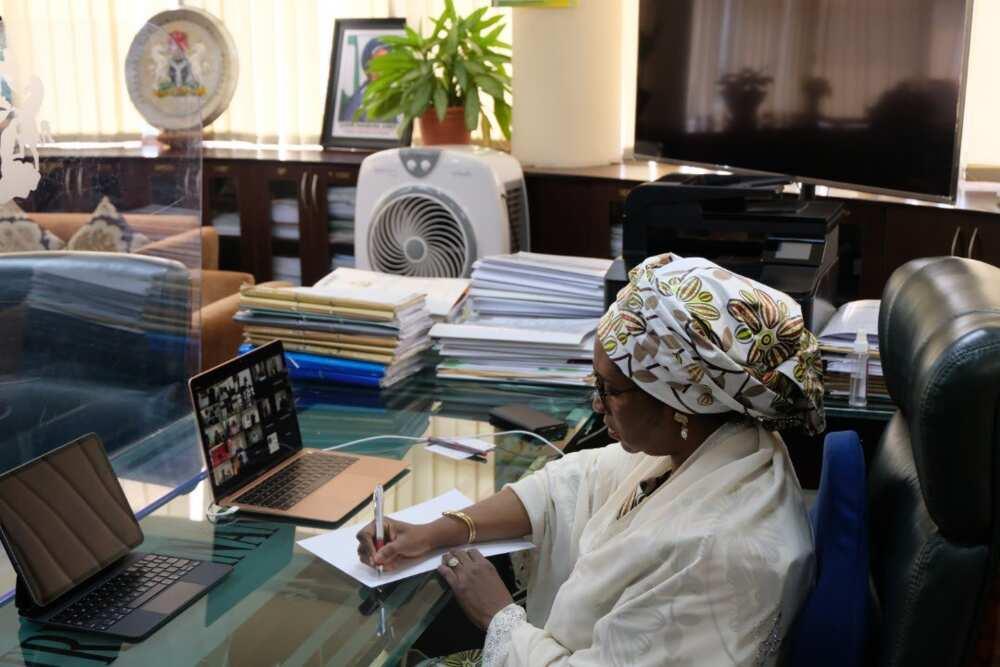 FG advises Nigerians to claim dormant account balances, unclaimed dividends now
