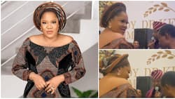 Nollywood's Toyin Abraham rains cash on veteran musician King Sunny Ade as he sings her praises at an event