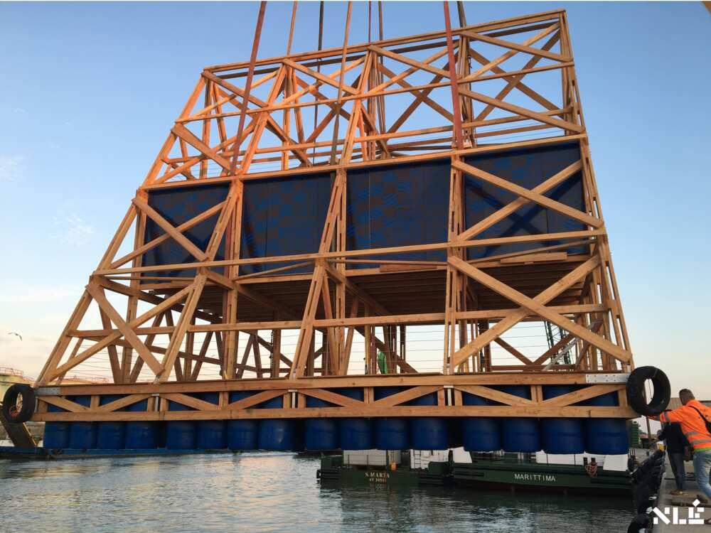 MFSII: Nigerian architect Kunle Adeyemi constructs floating buildings on water