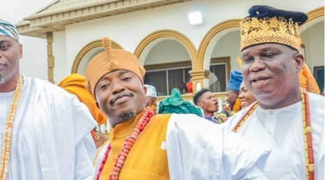 Top Nigerian monarch releases special photo a day after calls for his dethronement