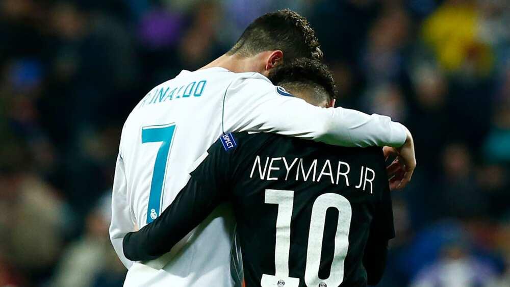 Taka leda: Neymar ya aika wa Cristiano Ronaldo wasika bayan kamuwa da cutar COVID-19