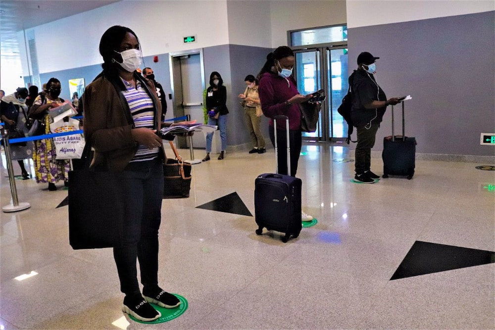 Federal government reopens all domestic airports