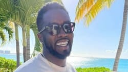 American star Diddy claims living among cockroaches inspired him, peeps ain't buying it