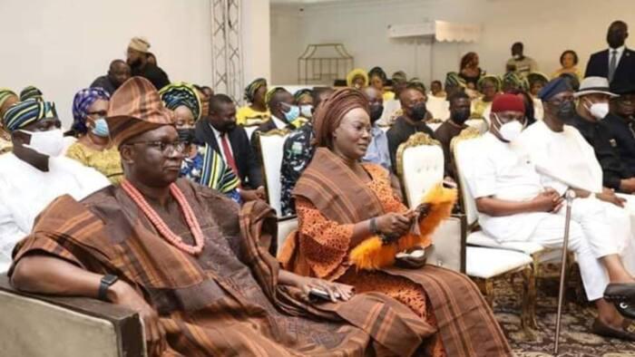 Labari da Hotuna: Kada ka sadaukar da rayuwarka kan yan siyasa, Gwamna ya halarci bikin ɗan babban abokin hamayyarsa