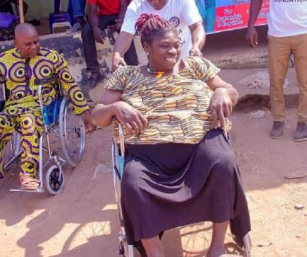 Nigerian football star puts smiles on people's faces after distributing expensive medical facilities in her community