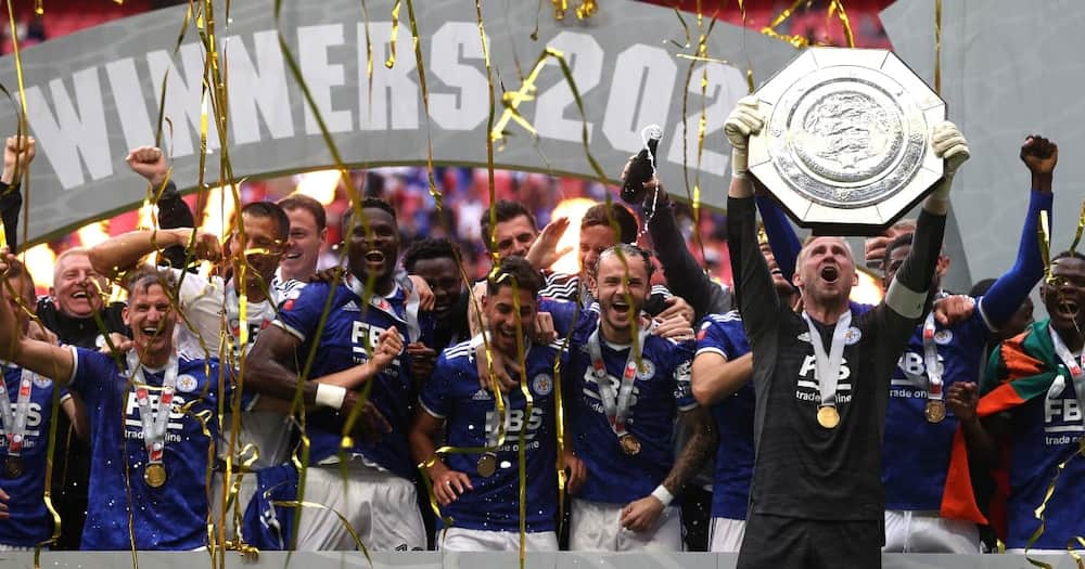 Leicester lifting FA Cup