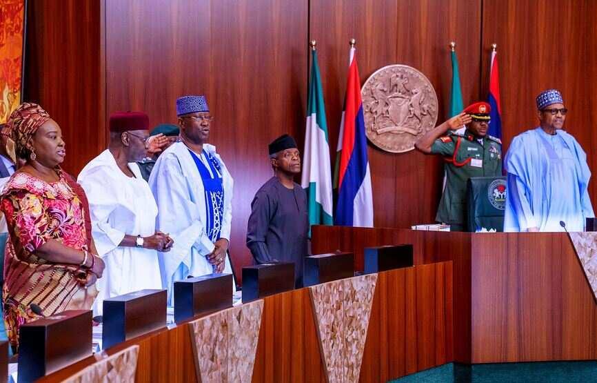 Yanzu-yanzu: Buhari ya shiga zaman majalisar zartaswa da ministocinsa