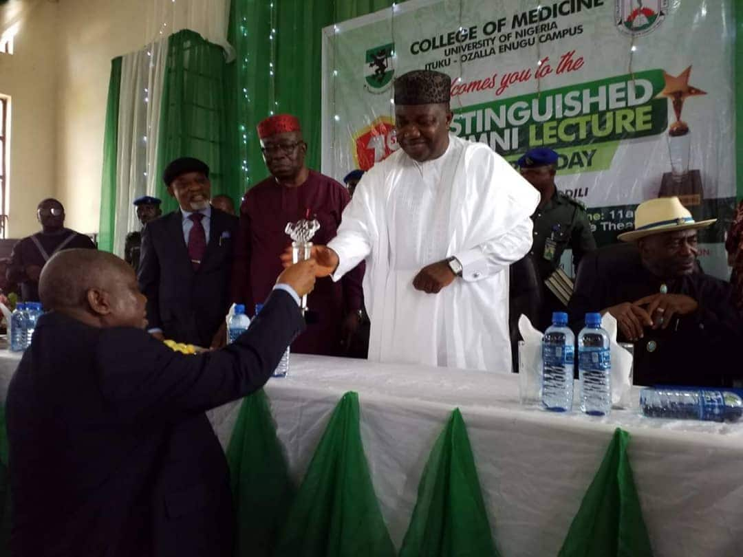 Governor Ugwuanyi receives good governance award on health in Enugu - Legit.ng