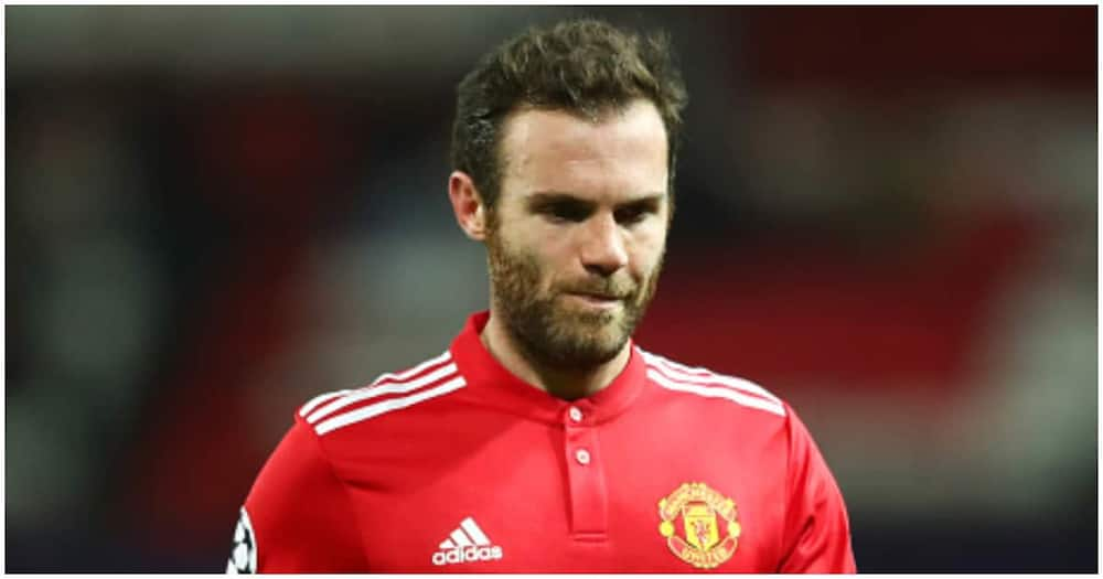 Manchester United Midfielder in Mourning After Losing Mum