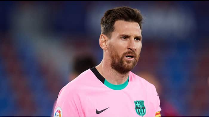 Tension in Camp Nou as Barcelona's La Liga title fight likely over after slip-up against Levante