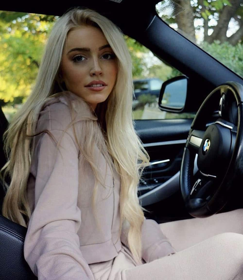 Alexandra Cooper net worth