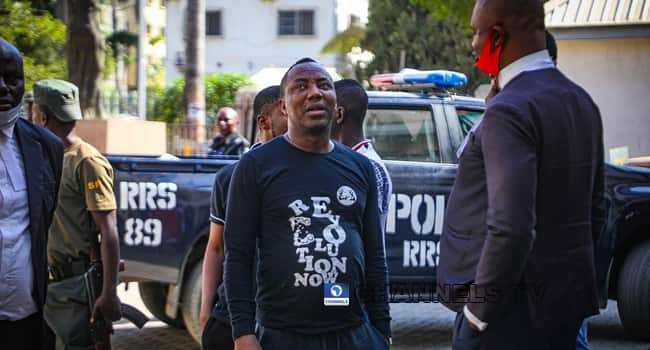 Sowore, 4 others remanded in Kuje prison over New Year eve protest