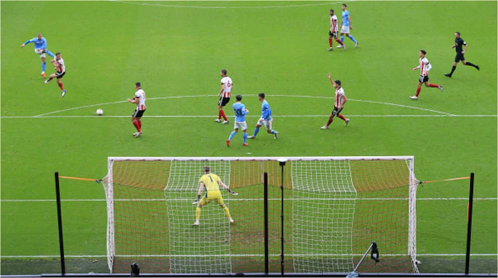 Sheffield United vs Manchester City: Kyle Walker's first-half hands Citizens all three points