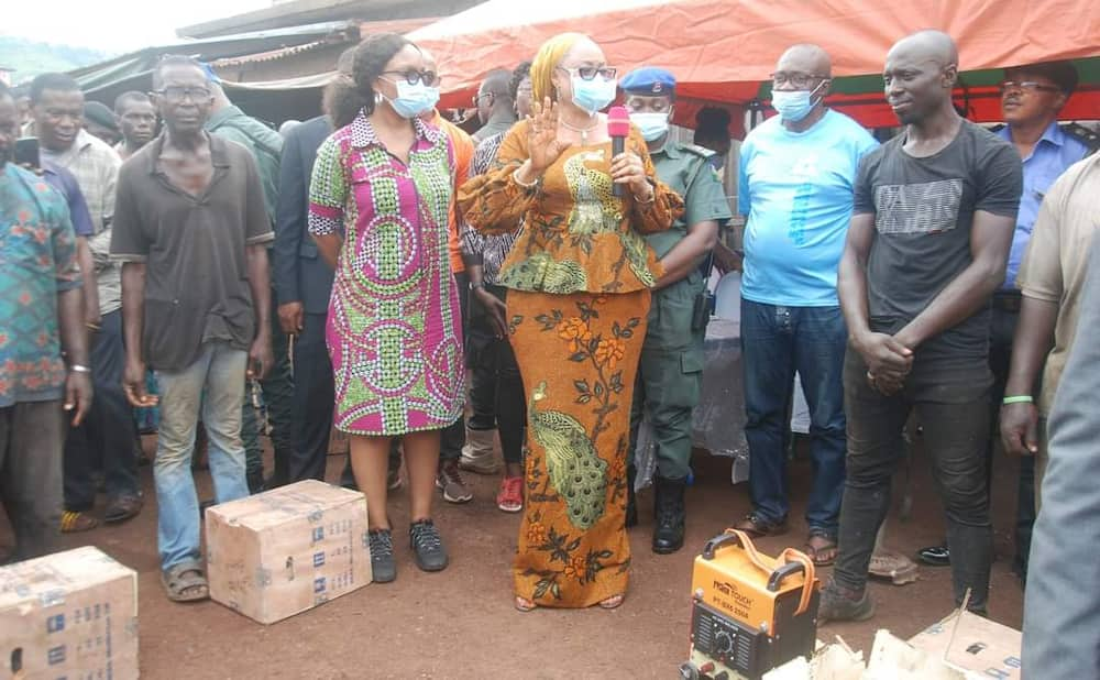 Empowerment: Ugwuanyi, NIMASA donate working equipment to Enugu artisans