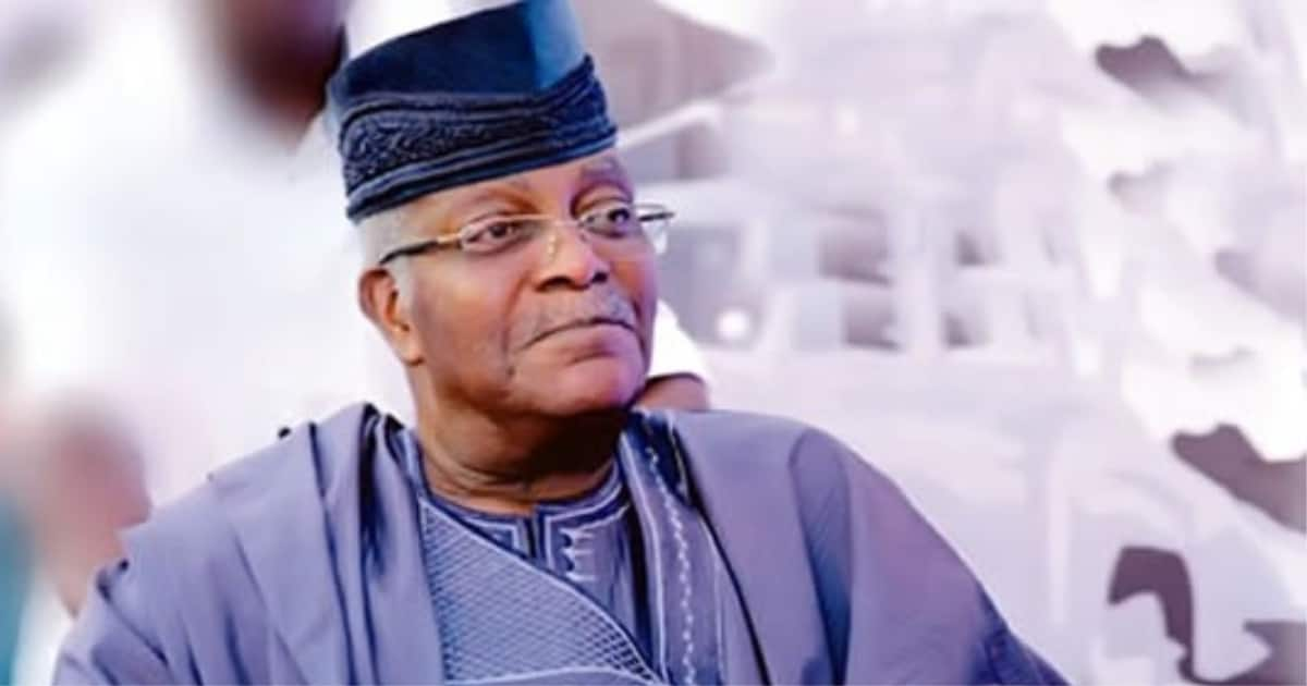 Mobolaji Johnson: Tinubu, Gbajabiamila, Agbaje pay tribute to Lagos' ex-military gov - Latest News in Nigeria & Breaking Naija News 24/7 | LEGIT.NG