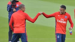 PSG in trouble as they risk losing either Neymar or Mbappe next year