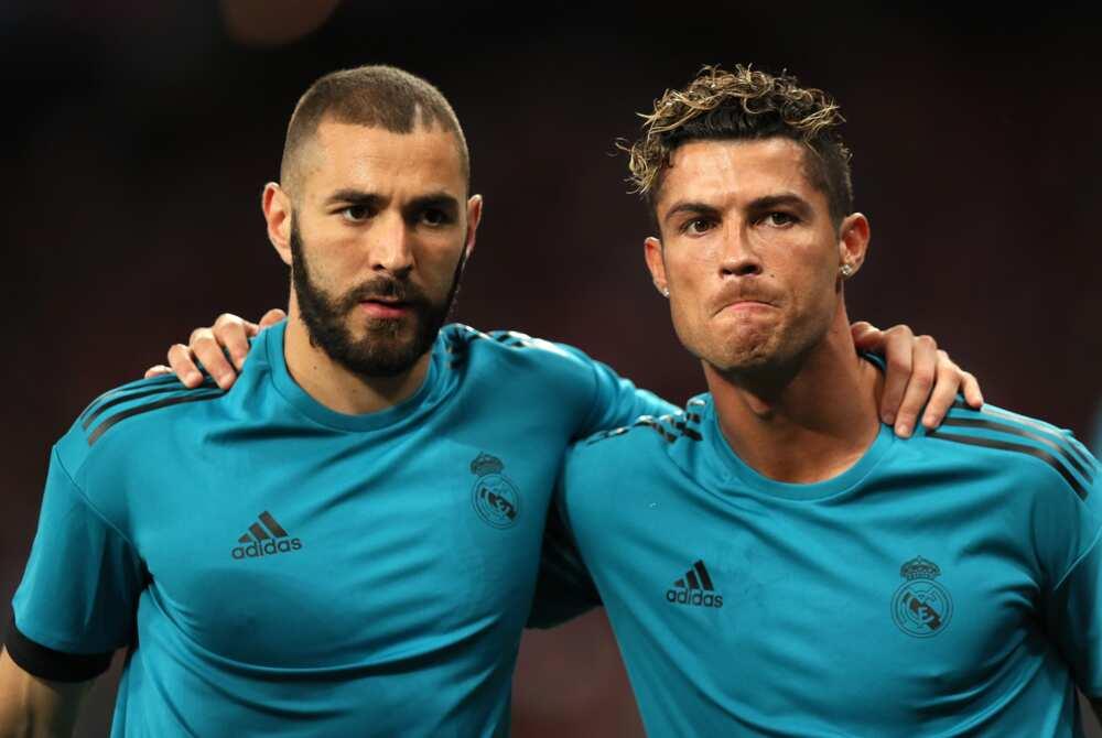 Cristiano Ronaldo and Benzema in action