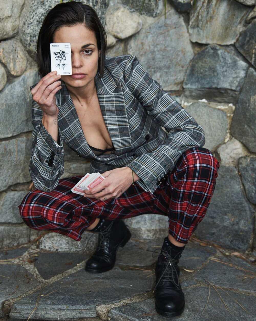 Lina Esco gay