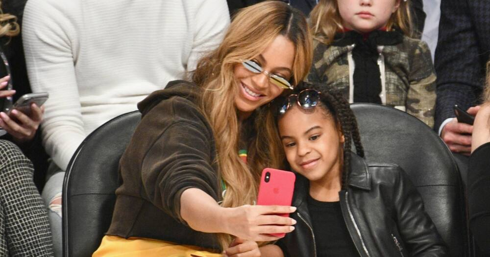 Beyoncé Knowles Carter shows rare picture of twins Rumi and Sir