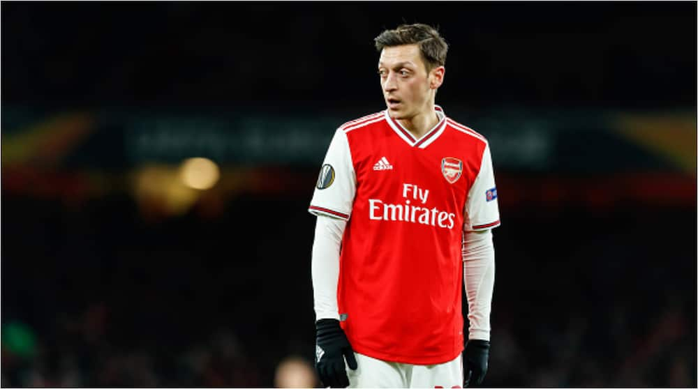 Mesut Ozil: Former Arsenal star Lauren blames German star for his Arsenal problems