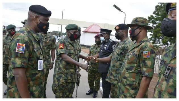 COAS Yahaya greeting top NA officials in Imo