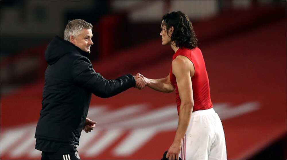 Man Utd Boss Solskjaer Makes Promise to Edinson Cavani to After Remarkable Performance Against Roma