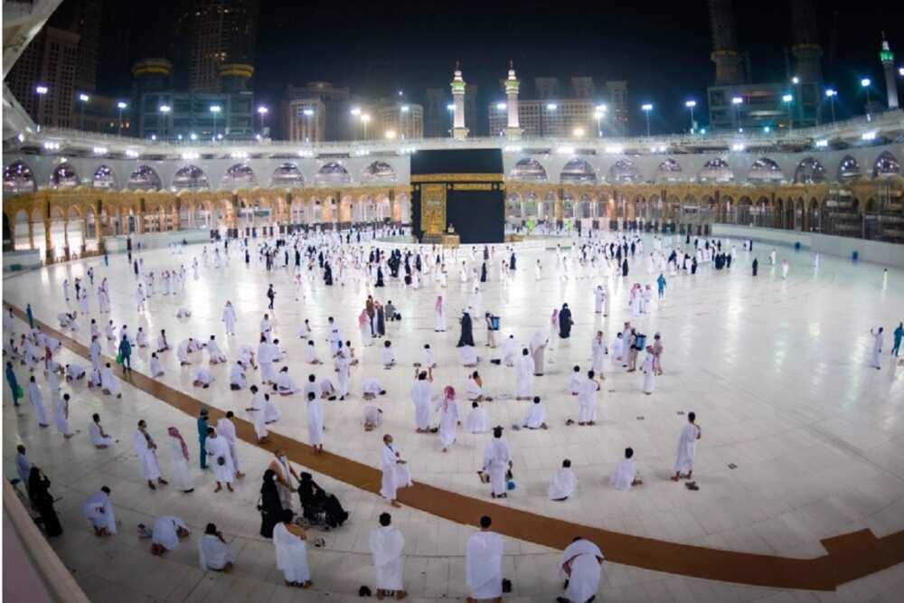 Masallacin Harami ya karbi masu aikin Hajji na farko daga wajen Saudiyya