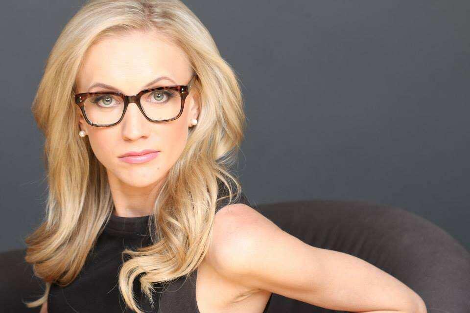 Kat Timpf bio: age, height, salary, net worth, husband