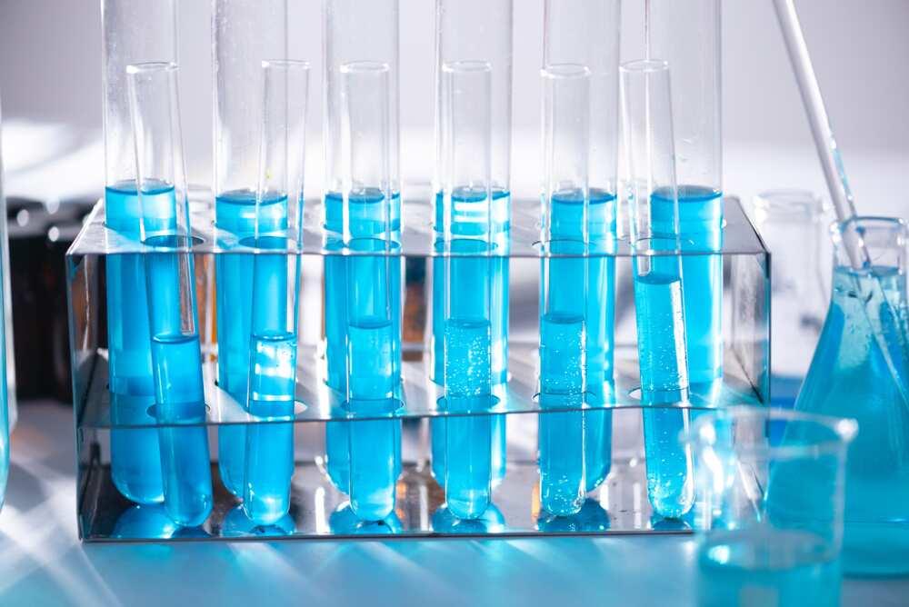 Lab equipment names