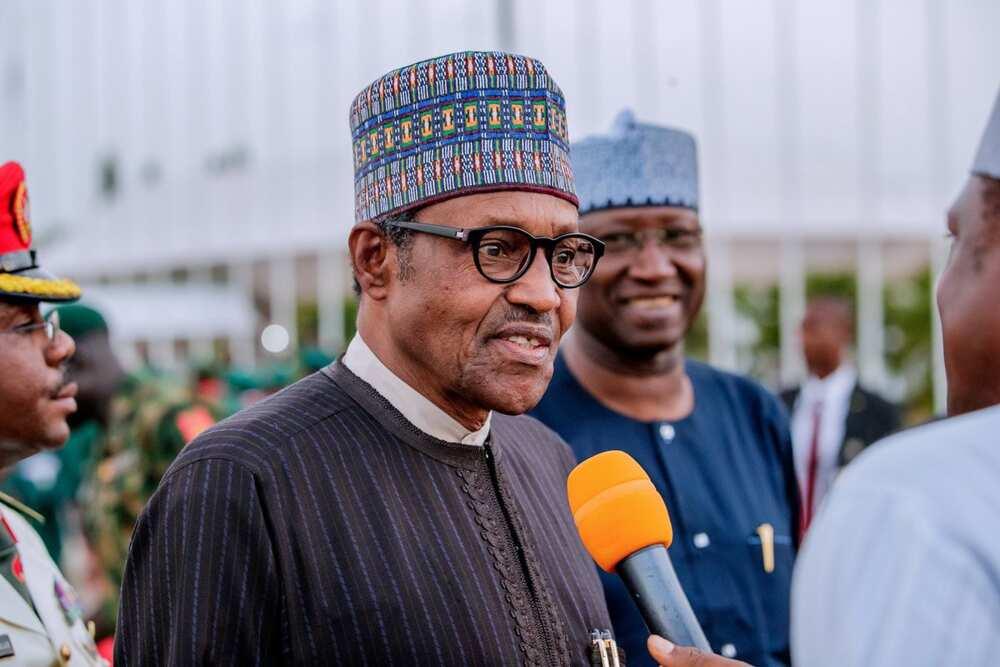 Nadin sabbin ministoci da hadimai: Amsar da Buhari ya bawa manema labarai