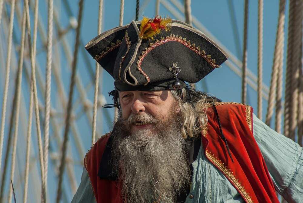 cool pirate names