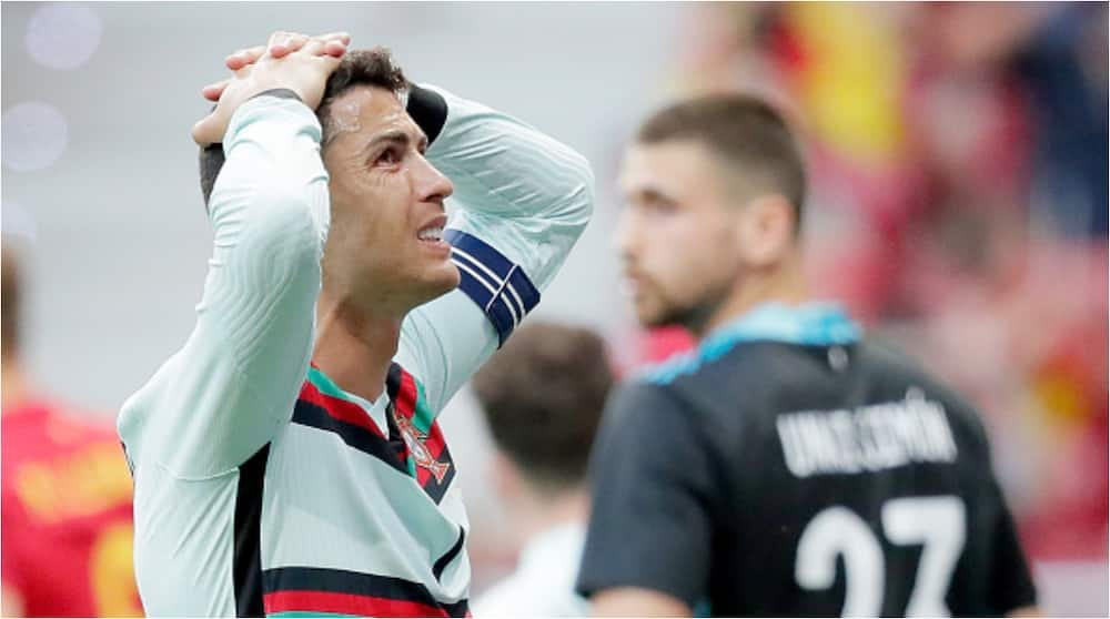 Love at first sight as Ronaldo gets ripped off £ 250,000 by travel agent after trusting him with credit card PIN