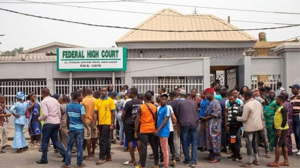 Strike: Judiciary Workers Shut Federal High Court in Lagos, Chase Out Staff from Offices