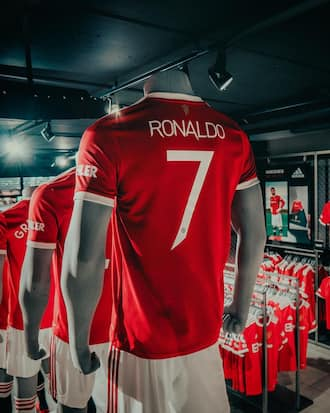 Man United make staggering N9.3b from sales of Cristiano Ronaldo's number 7 jersey