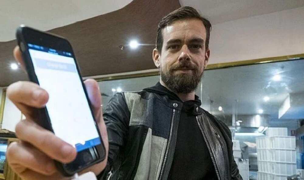 An Sayar Da Rubutun Farko a Twitter Kan Kudi Dalla Biliyan 2.9