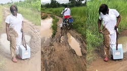 Blessed Angel: Nurse falls in the mud on her way to provide emergency service, many react as she shares photos