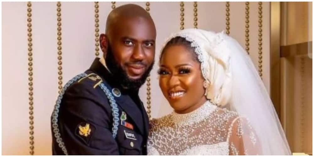 A photo of actress Yinka Solomon and her groom.