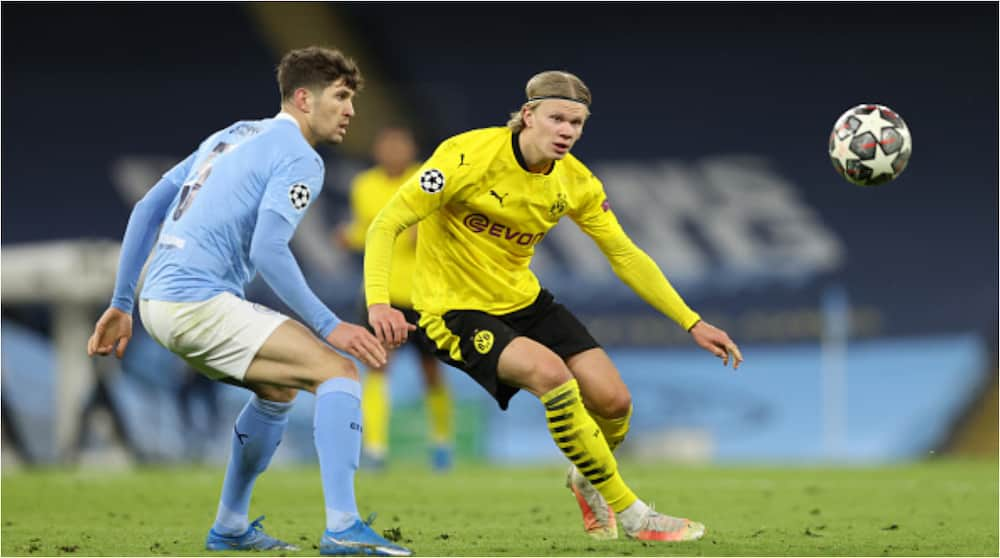 Referee branded 'childish' after getting Erling Haaland to sign red and yellow cards after City vs Dortmund