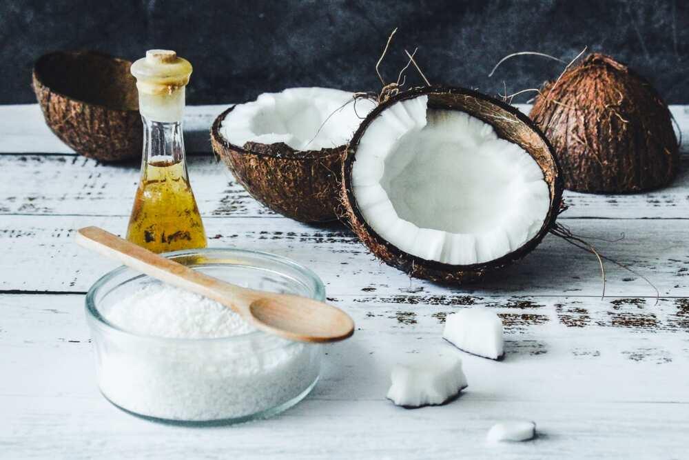Coconut oil for skin whitening