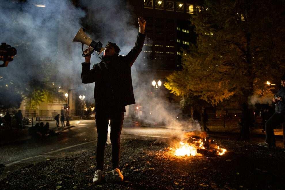US election: Tension as riot erupts in Portland, Oregon, protesters smash windows