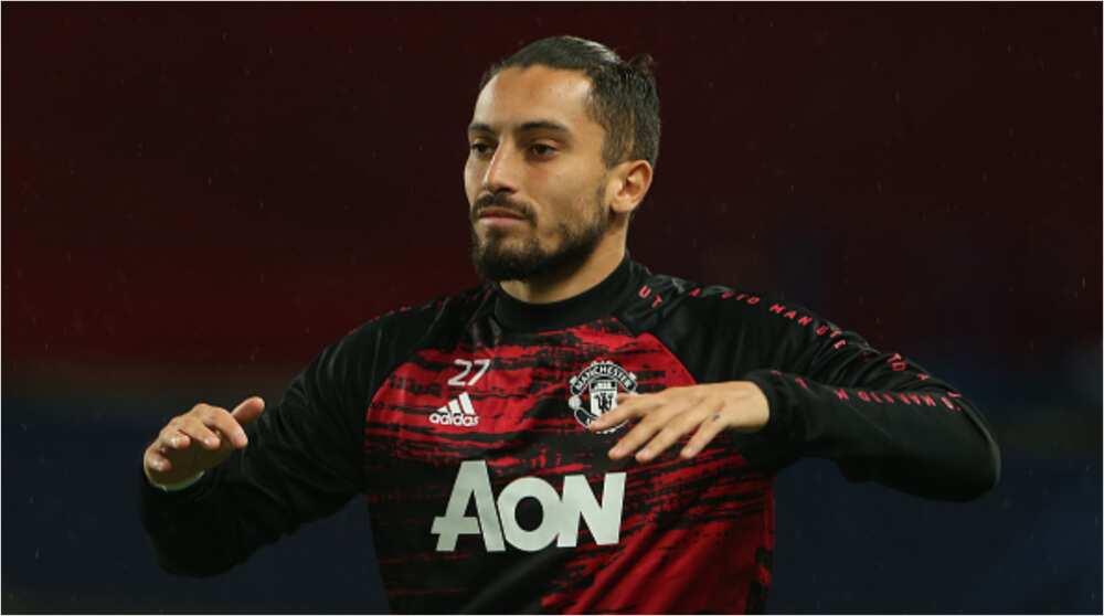 Alex Telles: Man Utd manager Solskjaer confirms defender tested positive for COVID-19